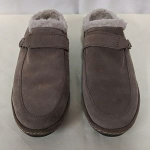 Lands End Fleece Lined Suede Clogs Taupe Size 7B